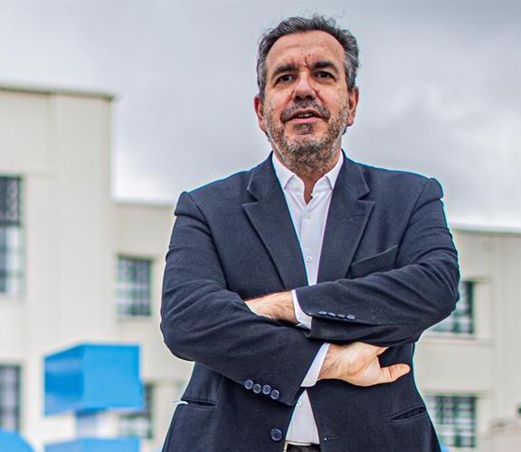 Henrique Oliveira